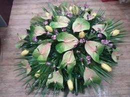 Wieniec pogrzebowy z Anturium, Tulipana i Gożdzika (100)